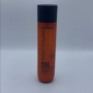 MATRIX 'Mega Sleek' Shampoo